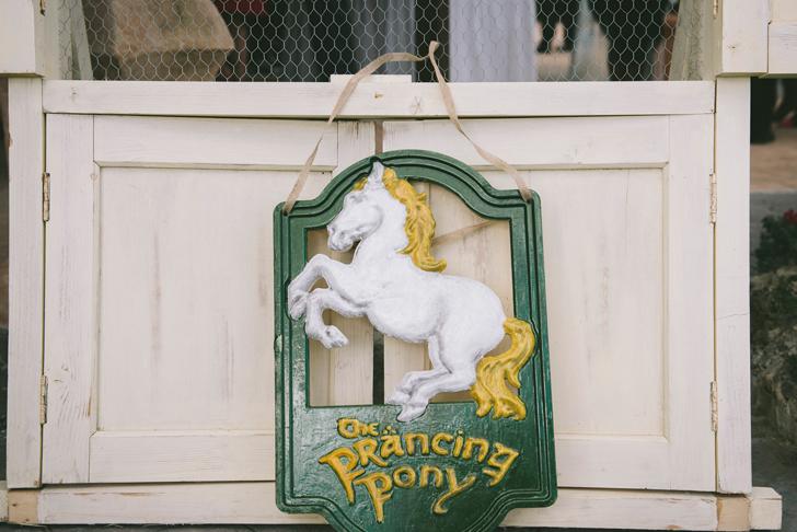 19-nara-connection-the-prancing-pony