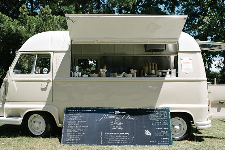 29_naraconnection_gabrielnavas_bodademartayoriol_food_truck_postres_rufinaehijas_la_mojigata