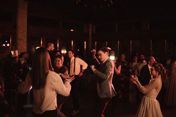 35_naraconnection_dosmasenlamesa_marinayvictor_dancing