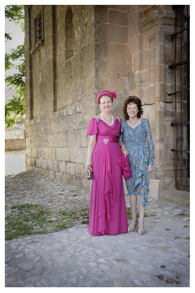 Madrina y madre de la novia