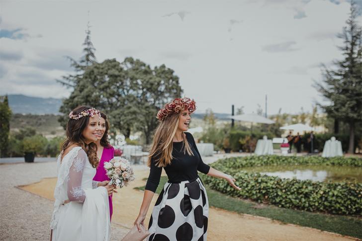 27-nara-connection-serafin-castillo-best-friends-bride