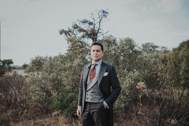 90-nara-connection-serafin-castillo-classic-groom
