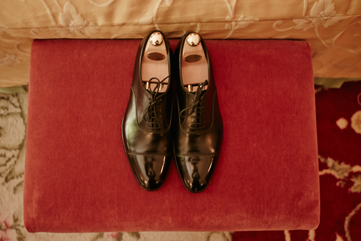 07-nara-connection-groom-shoes